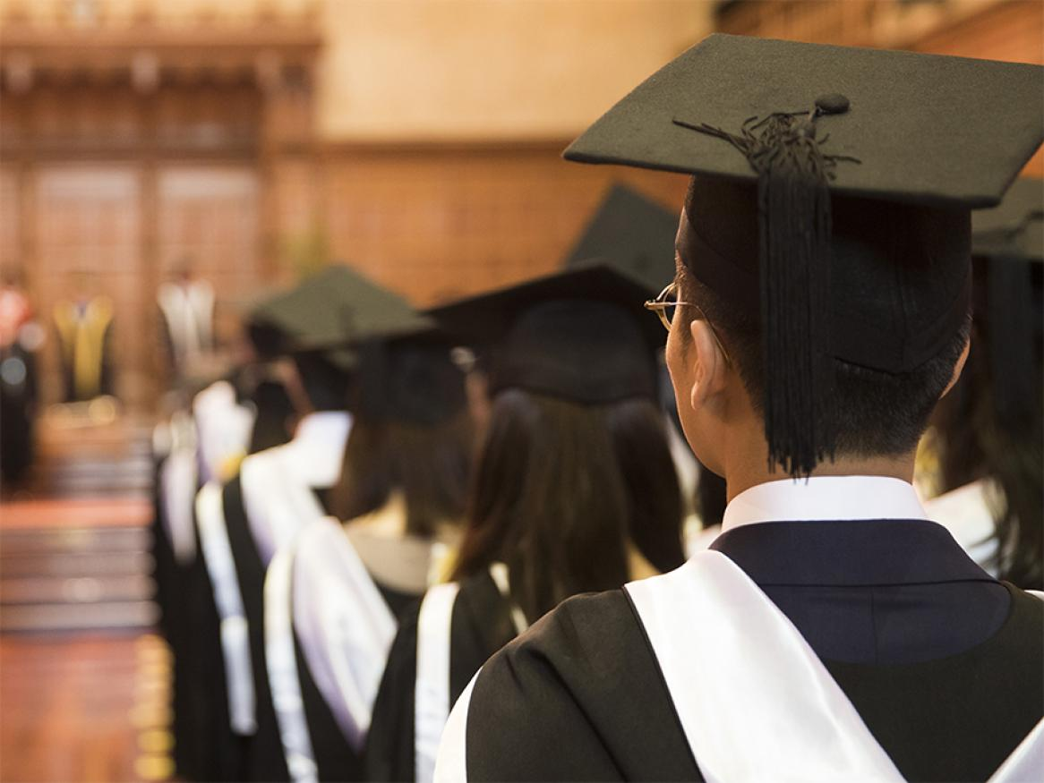 10 Tips to Help Graduating College Students Start or Grow Their Online Businesses